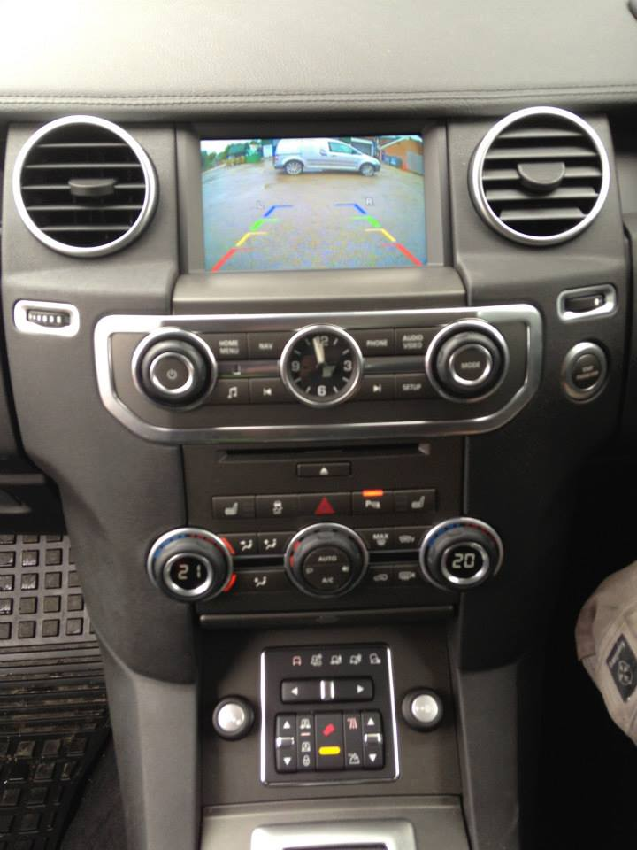 Land Rover Discover Reversing camera fitted